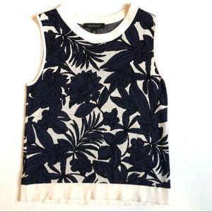 Ann Taylor Blue floral stretch tank top XS